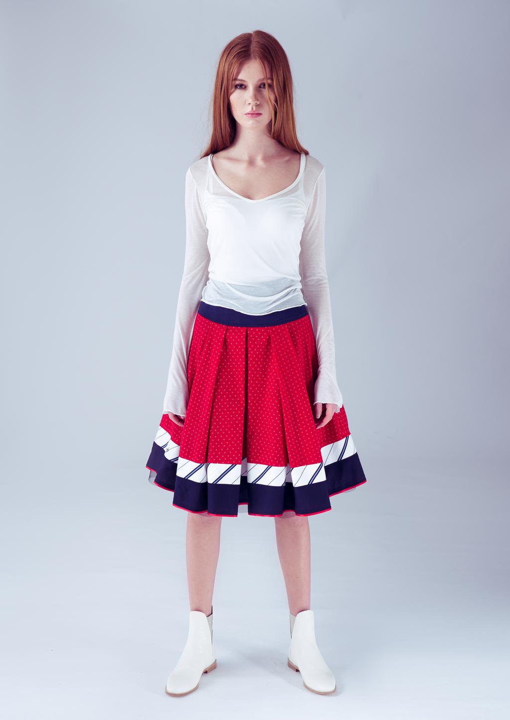 Tellerrock rot-weiß-blau