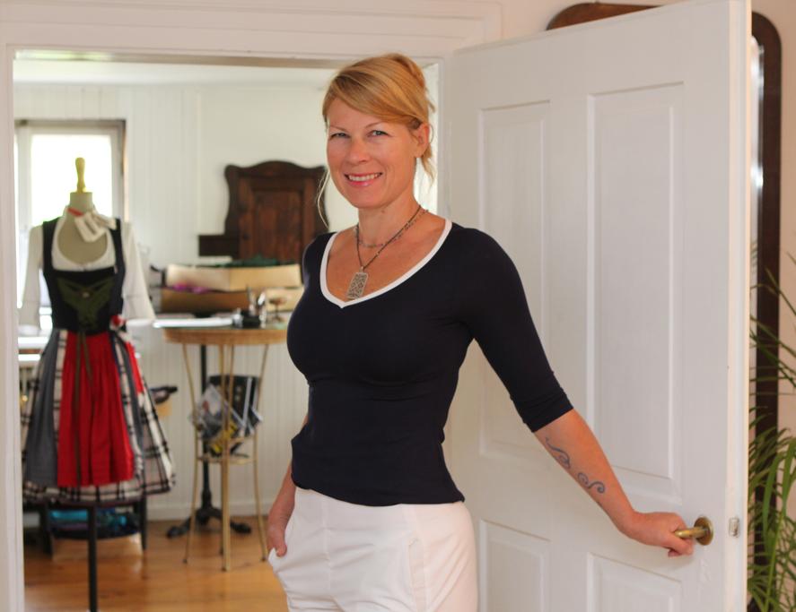 Designerin Michaela Keune in Marlenehose